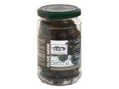 Černé sušené olivy