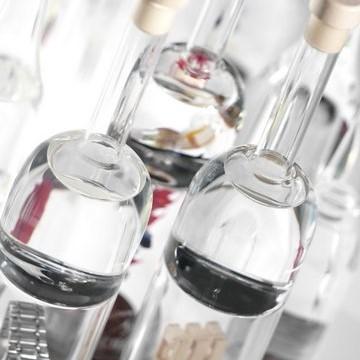 Výroba reklamních skleněných láhví