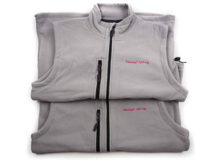 Fleecové vesty s firemní výšivkou