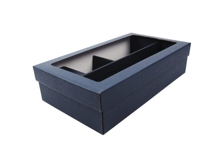 Modrá krabice na 2 vína s fóliovým oknem a proložkami.