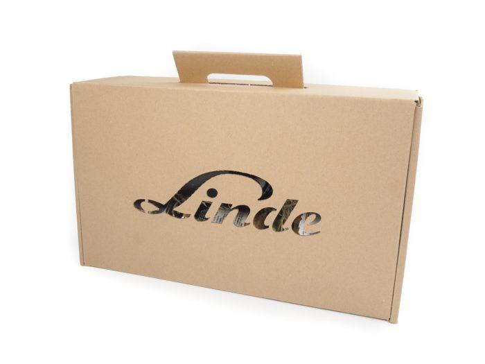 Dárková krabice s výřezem loga