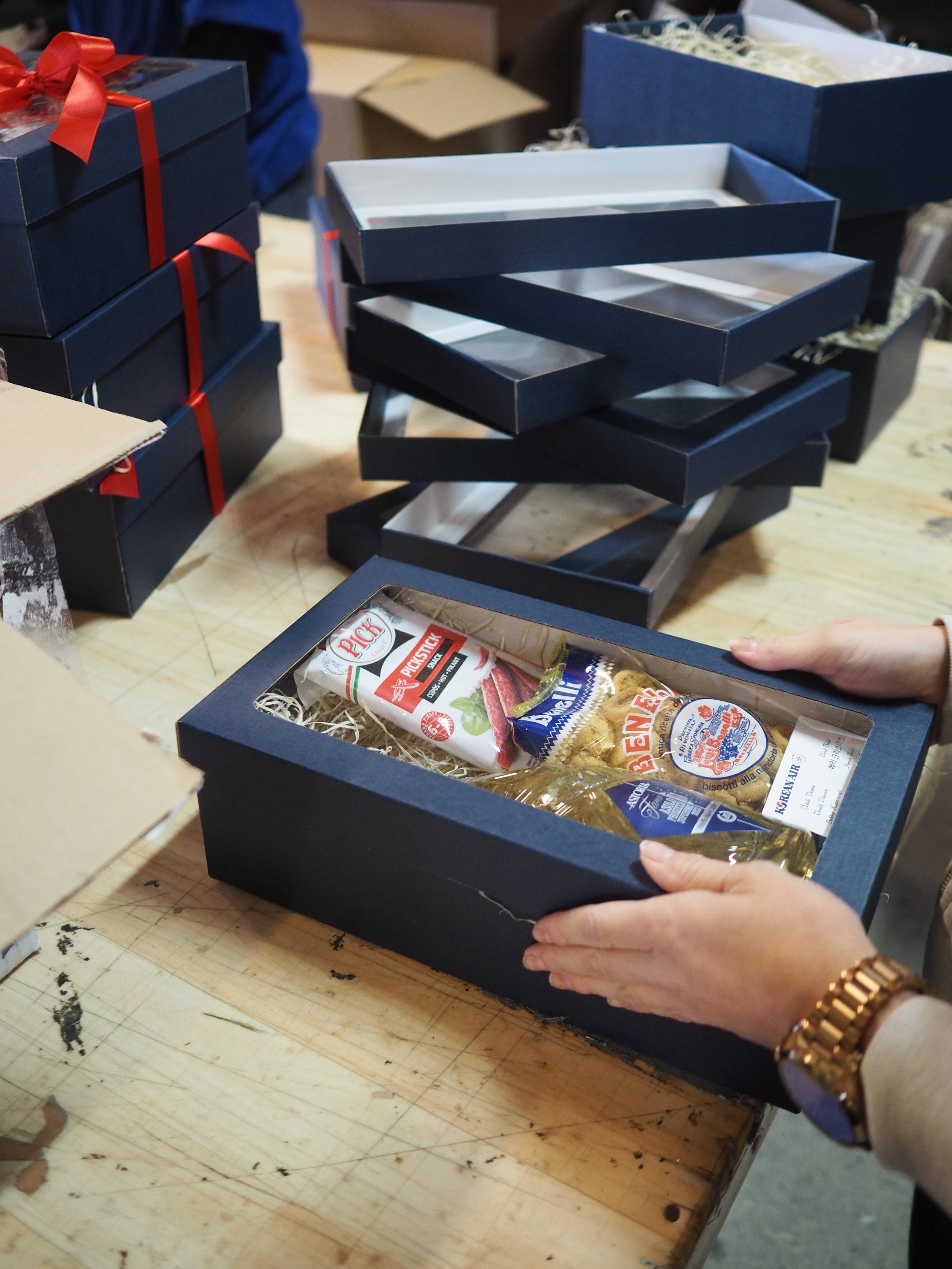 Kompletace dárkových balíčků