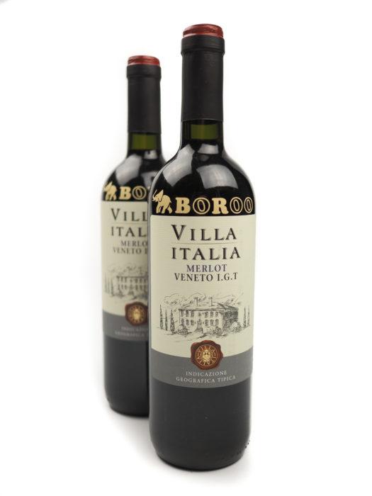 Firemní láhve vína s vlastním logem